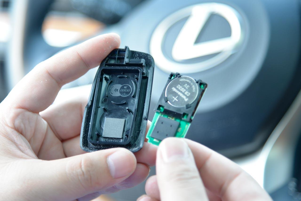 雷克萨斯es遥控钥匙电池更换 – 手机新浪汽车
